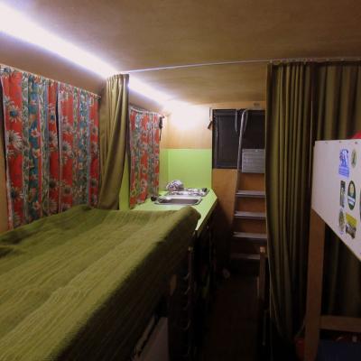 horst 39 s saurer 2dm 735. Black Bedroom Furniture Sets. Home Design Ideas